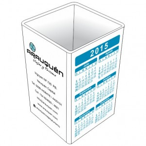 Porta_lapiz_cubo_blanco_con_calendario_1